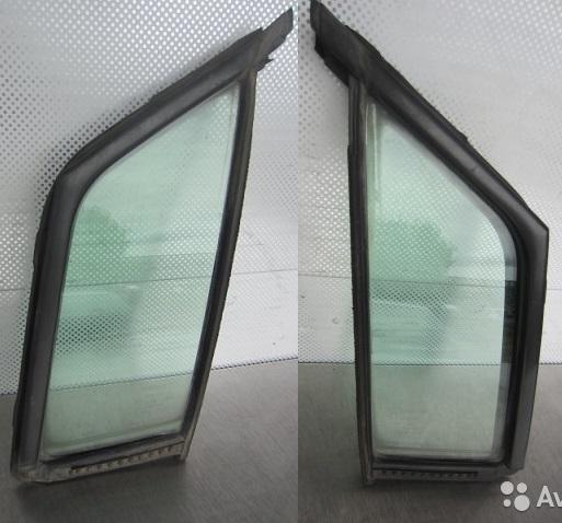 Форточка двери Nissan Liberty M12 PM12 SR20DE 1999 передняя