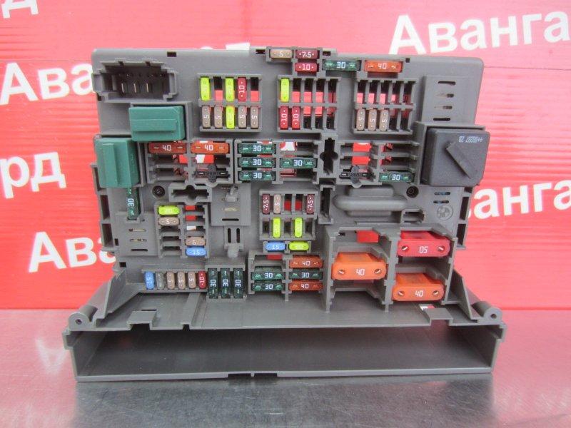 Блок предохранителей Bmw E87 N43B16 2008