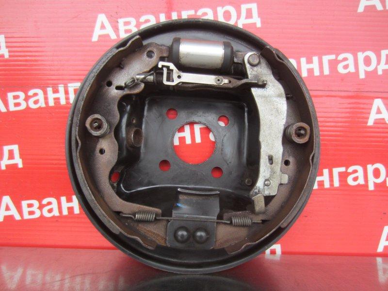 Тормозной щит Nissan Almera G15 G15 K4M 2014