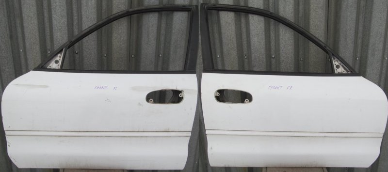 Дверь Mitsubishi Galant 7 1993 передняя