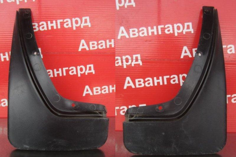 Брызговик Skoda Octavia A4 2002 задний