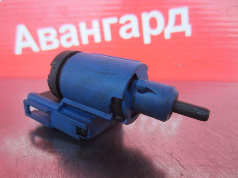 Концевик педали сцепления Skoda Octavia A4 AKL 2002