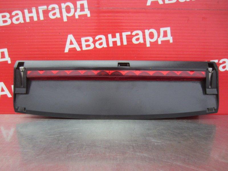 Дополнительный стоп сигнал Skoda Octavia A4 2002