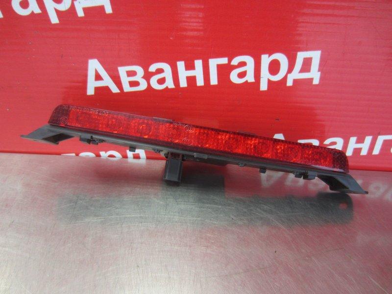 Дополнительный стоп сигнал Chevrolet Aveo T300 2012