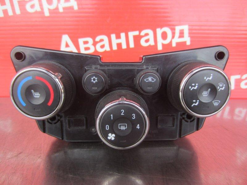 Блок управления печкой Chevrolet Aveo T300 2012