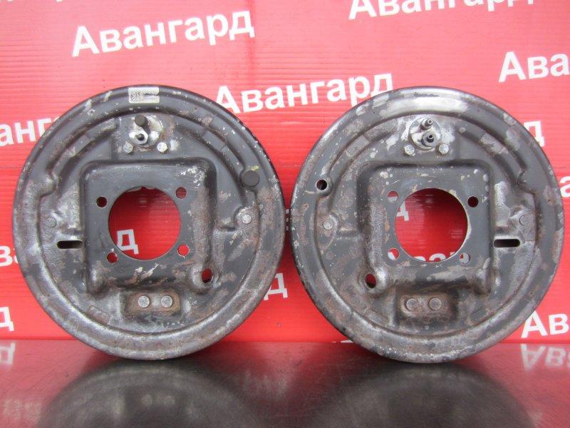 Тормозной щит Chevrolet Aveo T300 F16D4 2012