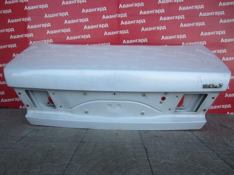 Крышка багажника Nissan Maxima A32 1998