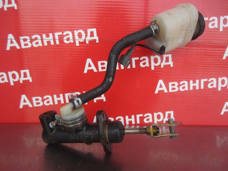 Главный тормозной цилиндр Nissan Bluebird U14 CD20 1997