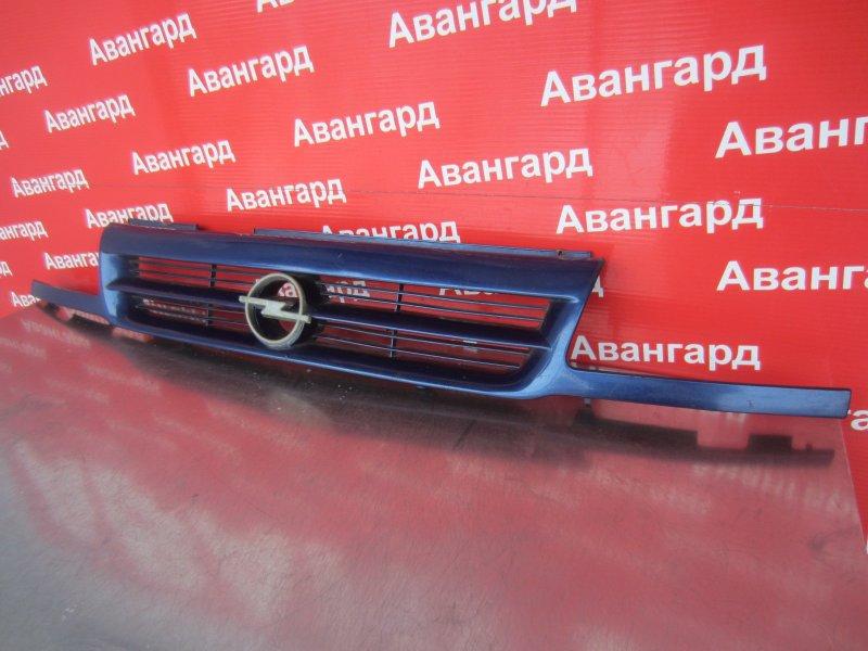 Решетка радиатора Opel Astra F C14NZ 1994