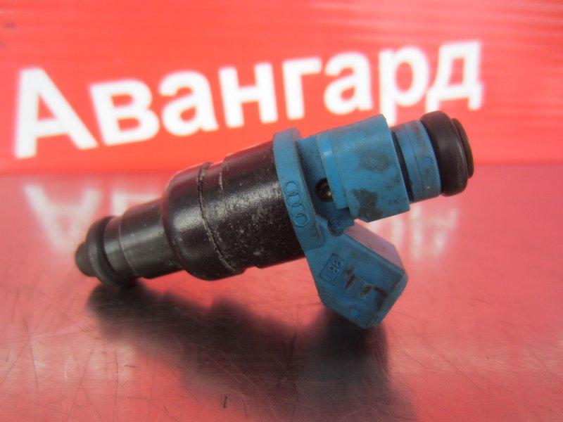 Форсунка топливная Volkswagen Passat B5 3B5 ARM 1999