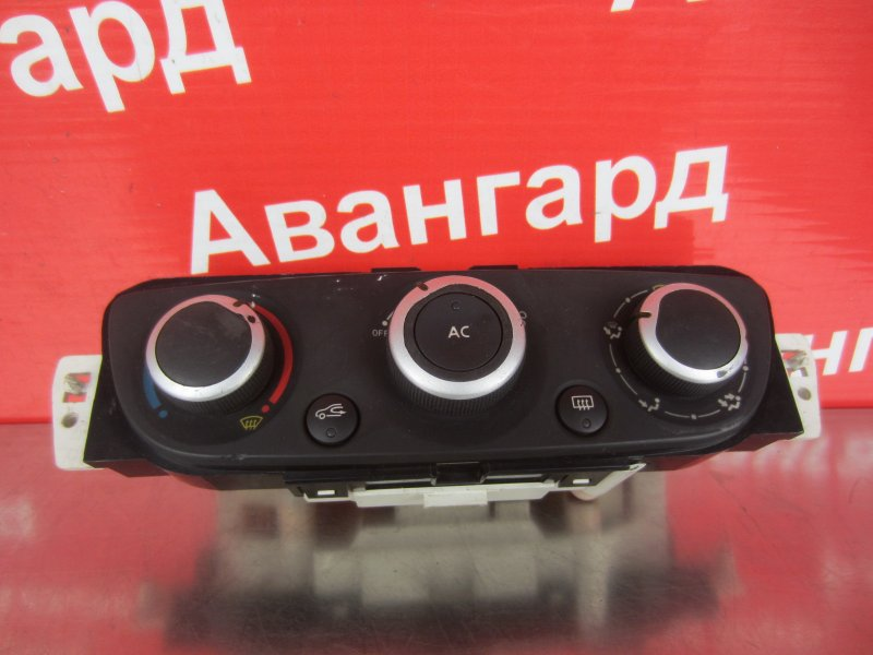 Блок управления печкой Renault Fluence K4M 2014