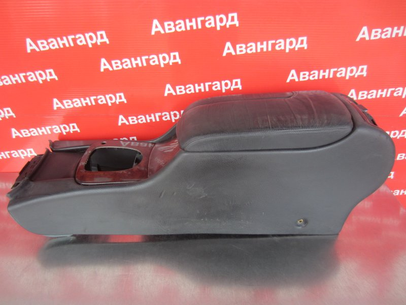Подлокотник Mercedes-Benz W220 М113 1999