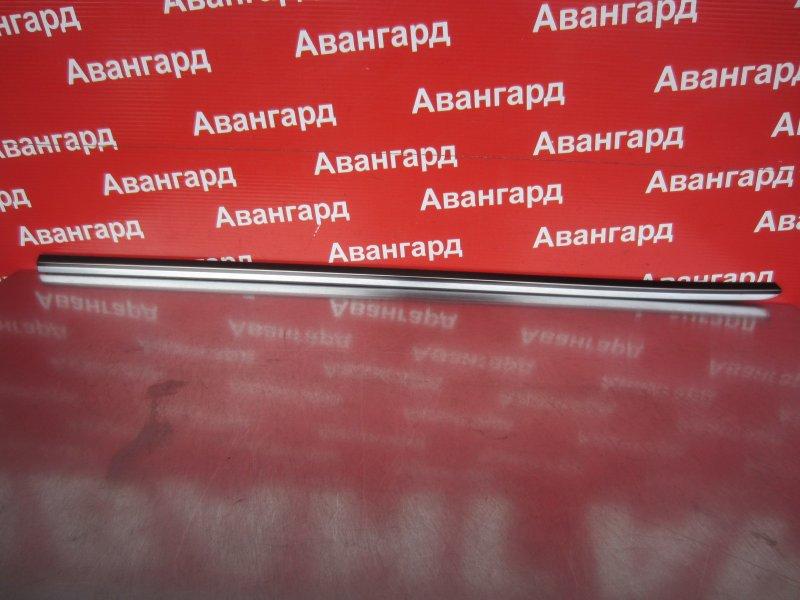 Уплотнитель стекла двери Mercedes-Benz W220 М113 1999 задний левый