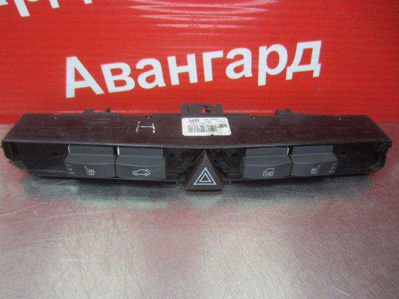 Кнопки Opel Astra H 2011