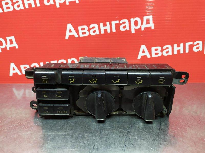 Блок управления печкой Toyota Camry Sv30 1993