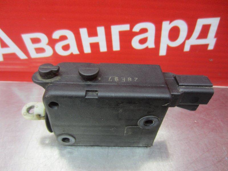 Электропривод замка багажника Opel Vectra B 1997 задний