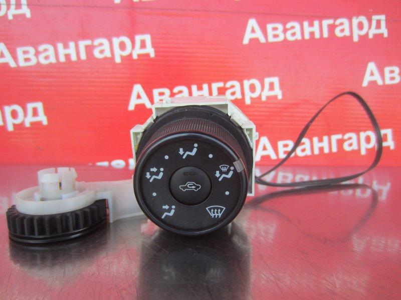 Блок управления печкой Toyota Corolla 150 1ZR-FE 2007