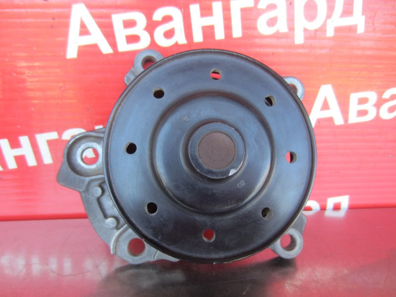 Помпа Toyota Corolla 150 1ZR-FE 2007
