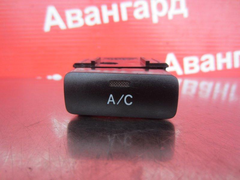 Кнопка кондиционера Toyota Corolla 120 ZZE121 3ZZ-FE 2004