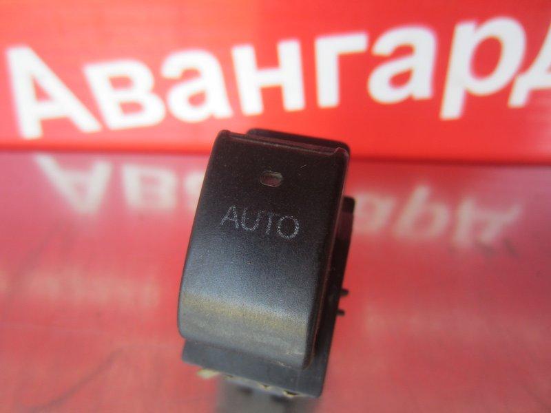 Кнопка стеклоподъёмника Toyota Corolla 120 ZZE121 3ZZ-FE 2004