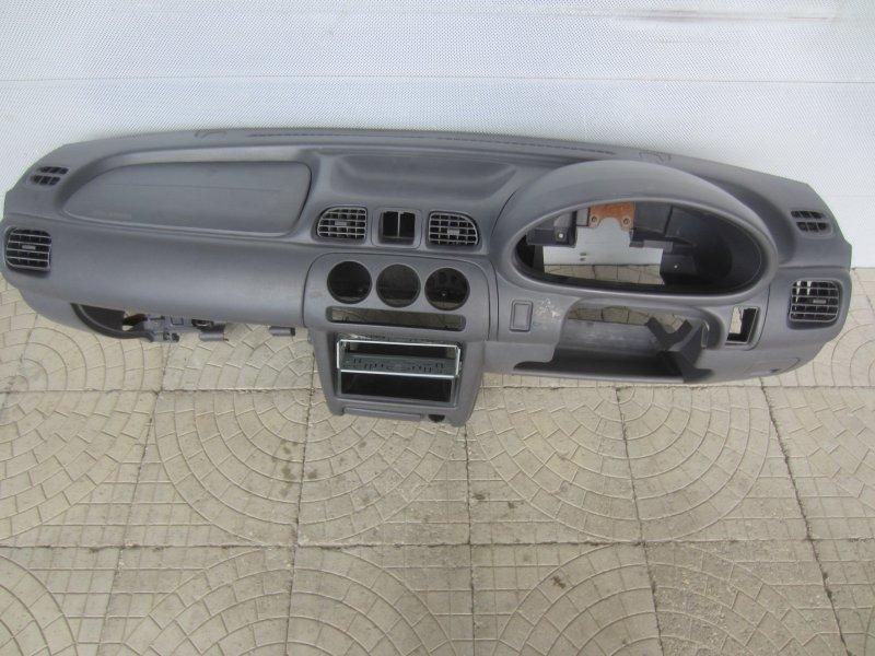 Торпедо Nissan March K11 1998
