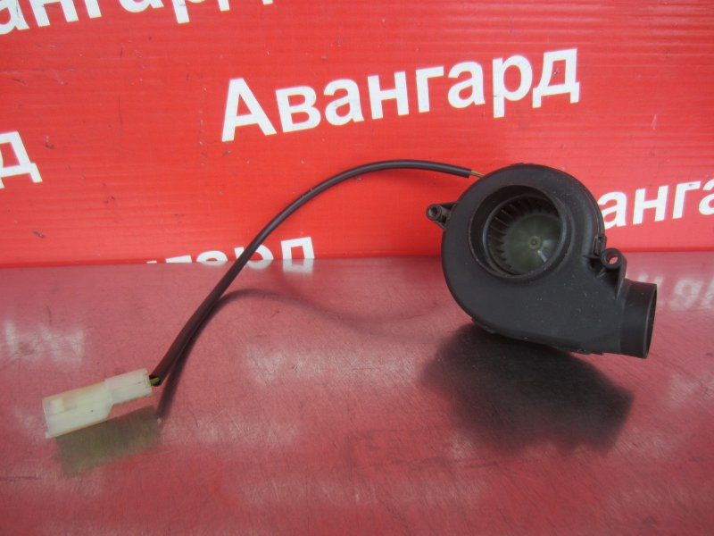 Вентилятор Bmw E65 N62B44 2004