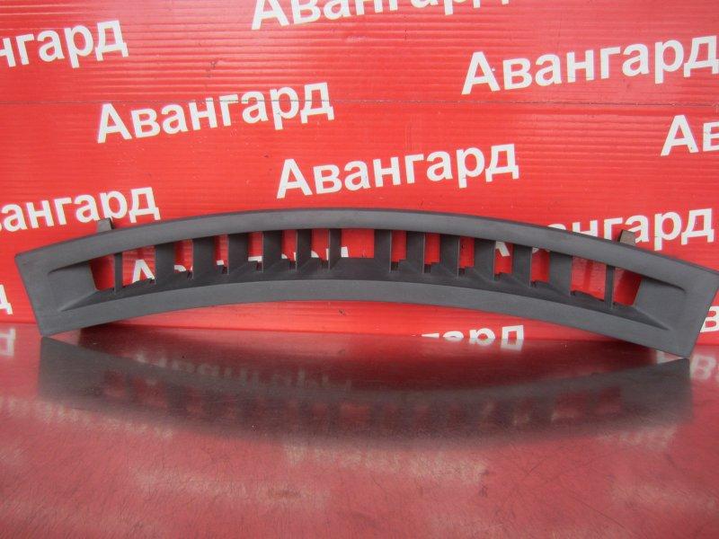 Накладка торпедо Renault Scenic 2 K9K 734 2008 передняя