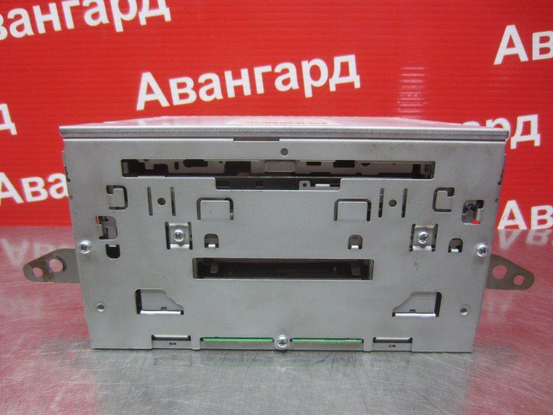 Магнитола Mitsubishi Grandis DBA-NA4W 4G69 2006