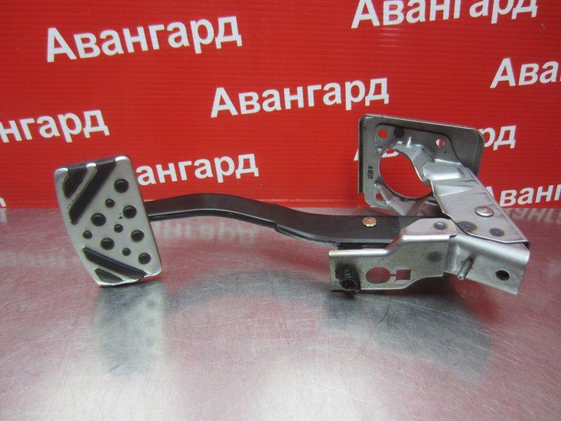 Педаль тормоза Mitsubishi Grandis DBA-NA4W 4G69 2006