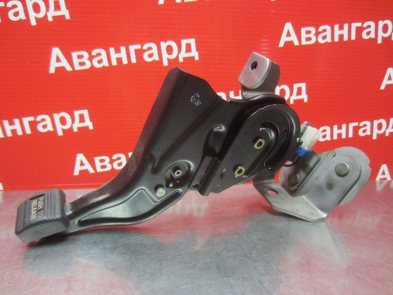 Рычаг ручника Mitsubishi Grandis DBA-NA4W 4G69 2006