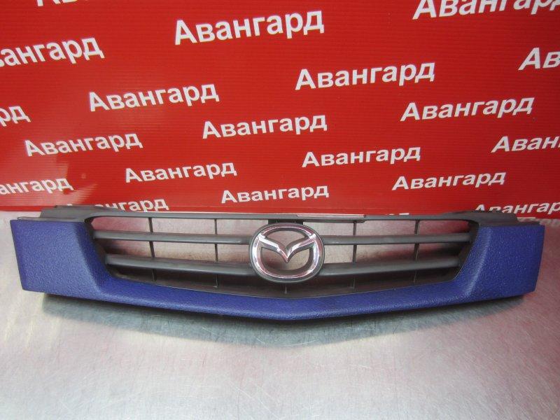 Решетка радиатора Mazda Demio Dw 2001 передняя
