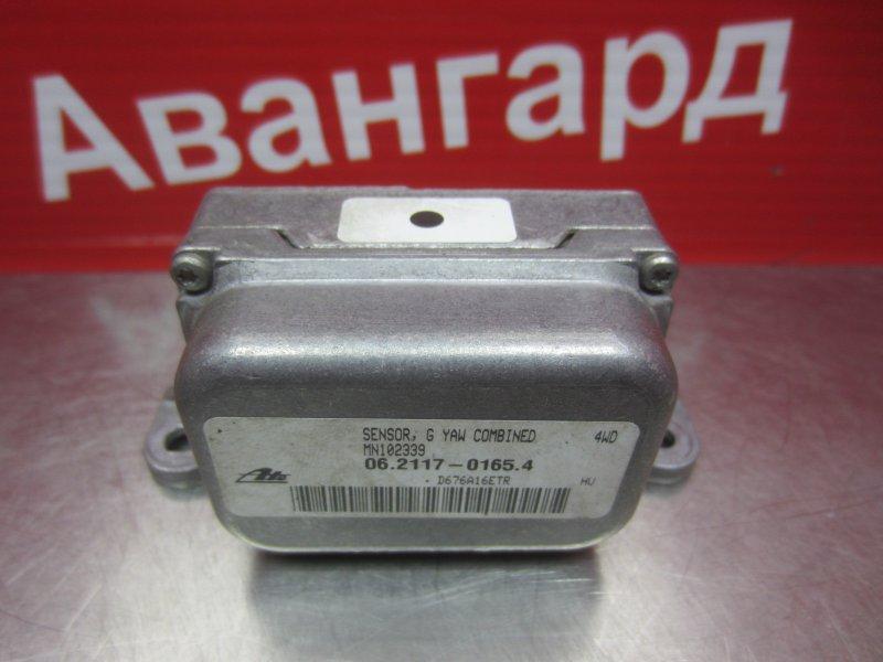 Датчик ускорения Mitsubishi Grandis DBA-NA4W 4G69 2006