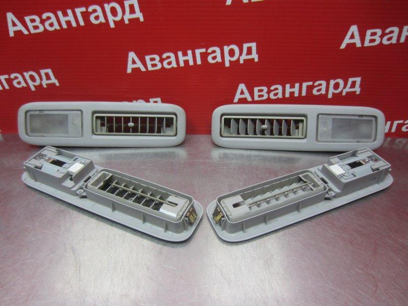 Фонарь освещения Mitsubishi Grandis DBA-NA4W 4G69 2006