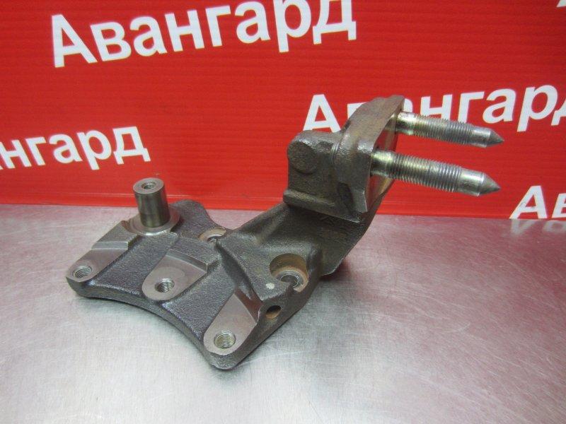 Кронштейн опоры двигателя Mitsubishi Grandis DBA-NA4W 4G69 2006