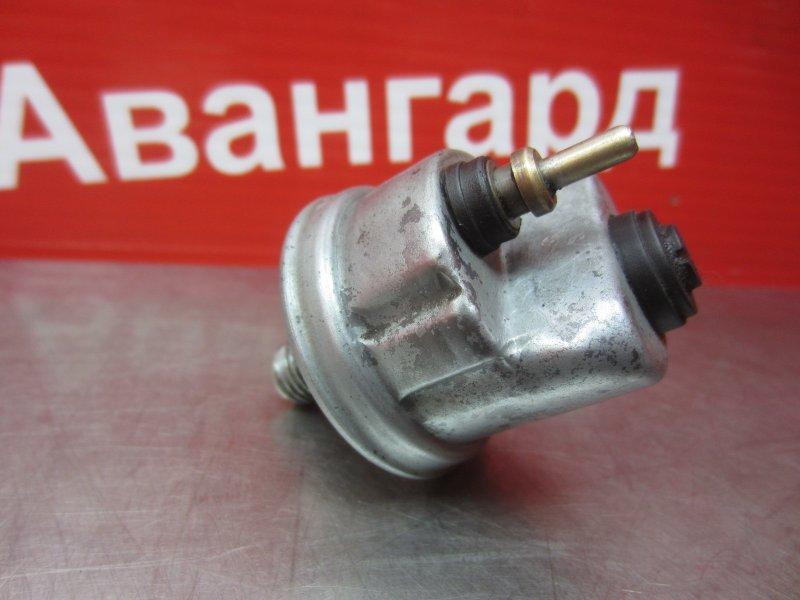 Датчик давления масла Mercedes-Benz W124 M111 940 1995