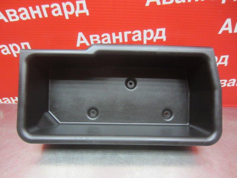 Ящик багажника Mitsubishi Grandis DBA-NA4W 4G69 2006