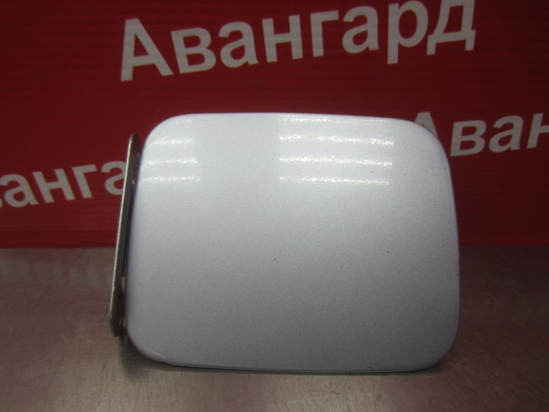 Лючок бензобака Hyundai Accent G4EC 2007