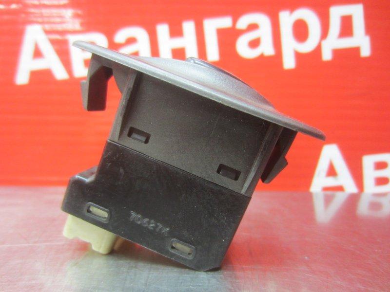 Кнопка стеклоподъёмника Hyundai Accent G4EC 2007