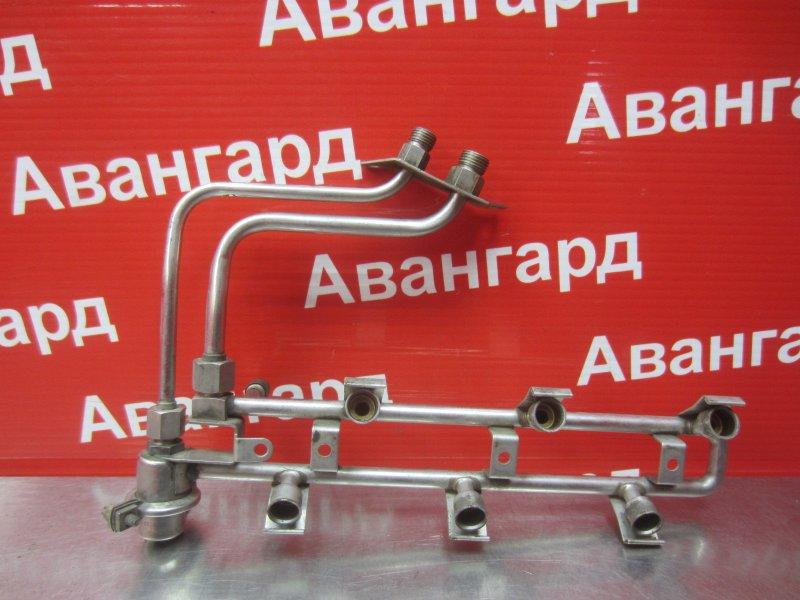 Топливная рампа Opel Omega B X25XE 2000