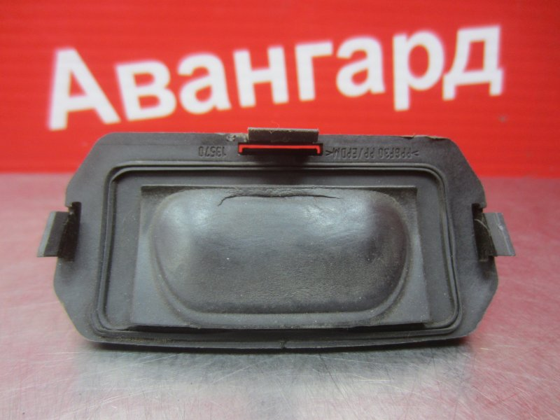 Кнопка открывания багажника Renault Megane 2 K4J 2004