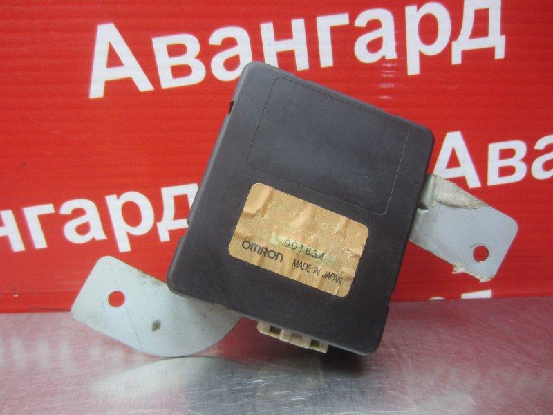 Электронный блок безключевого доступа Mitsubishi Diamante F31A 6G73 1996
