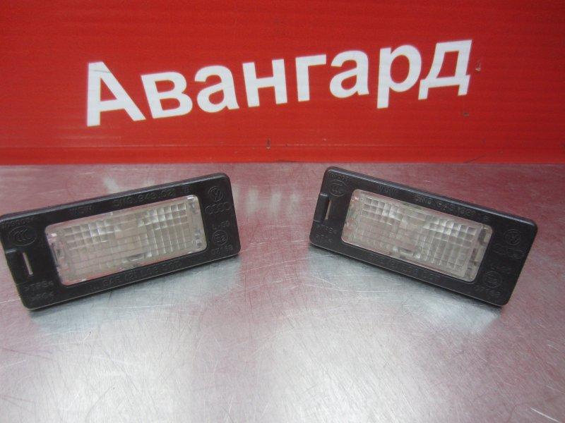 Фонарь подсветки номера Skoda Rapid 2014