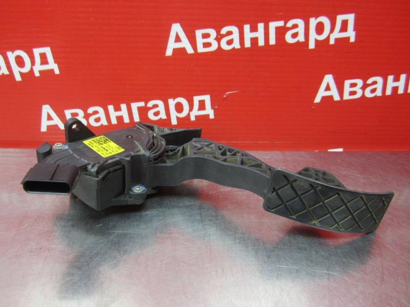 Педаль газа Skoda Rapid 2014