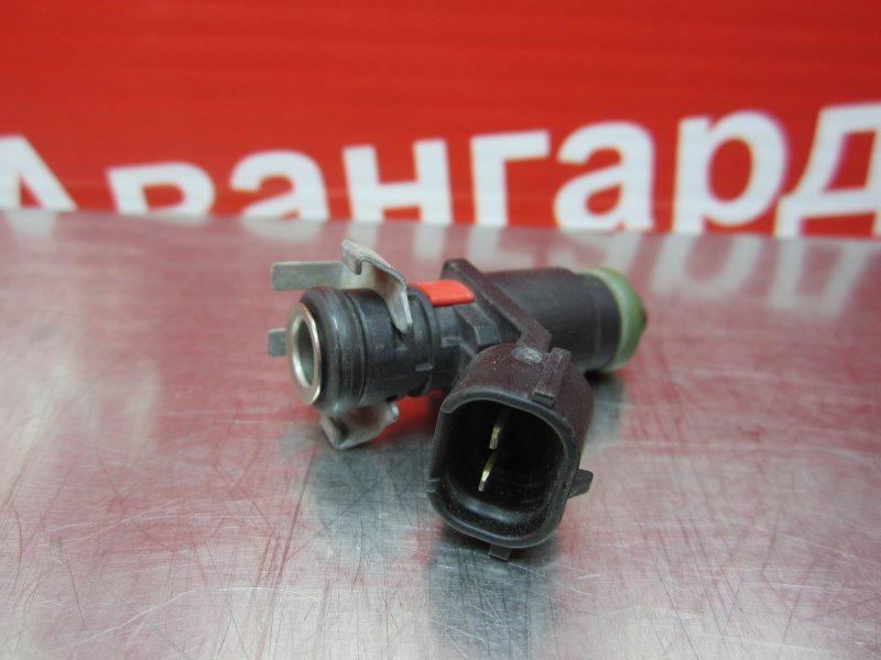 Форсунка топливная Skoda Rapid CGP 2014