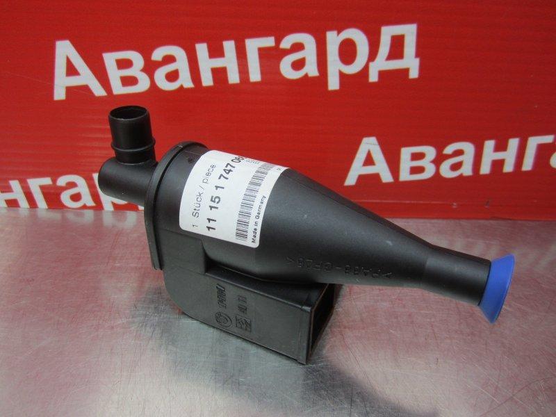 Маслоотделитель системы вентиляции картера Bmw E39 M62 2001