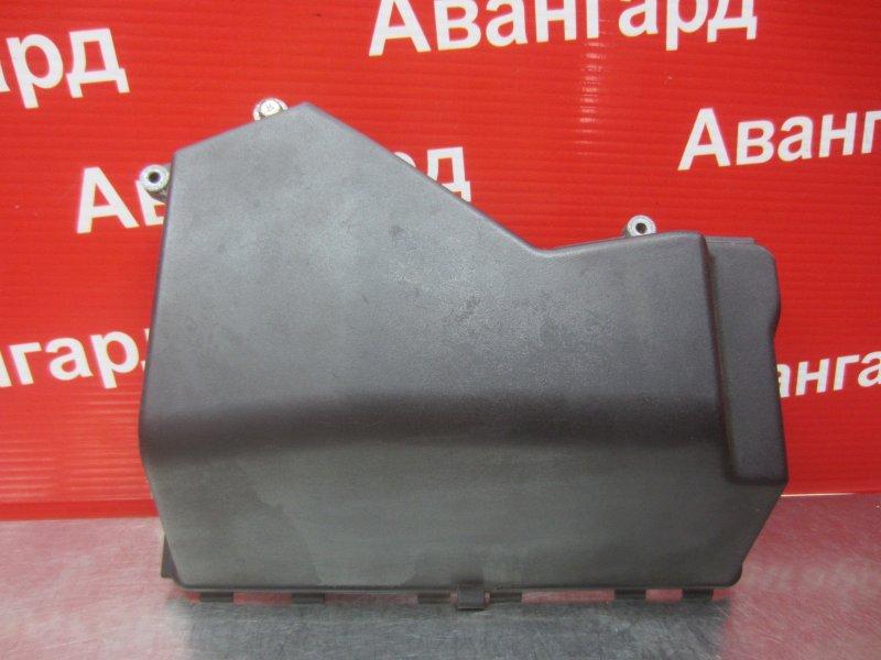 Крышка блока предохранителей Bmw E46 2000