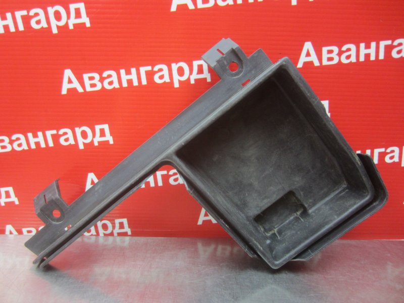 Обшивка багажника Bmw E46 2000