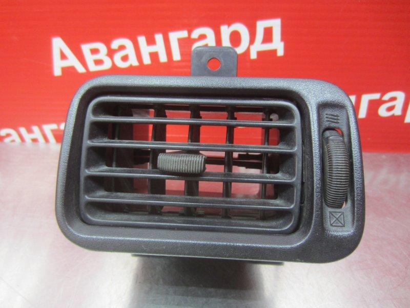 Дефлектор Nissan Primera P11 1998