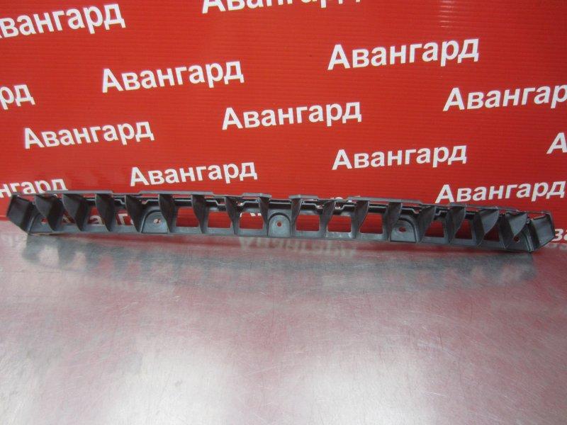 Кронштейн бампера Skoda Rapid 2014 задний