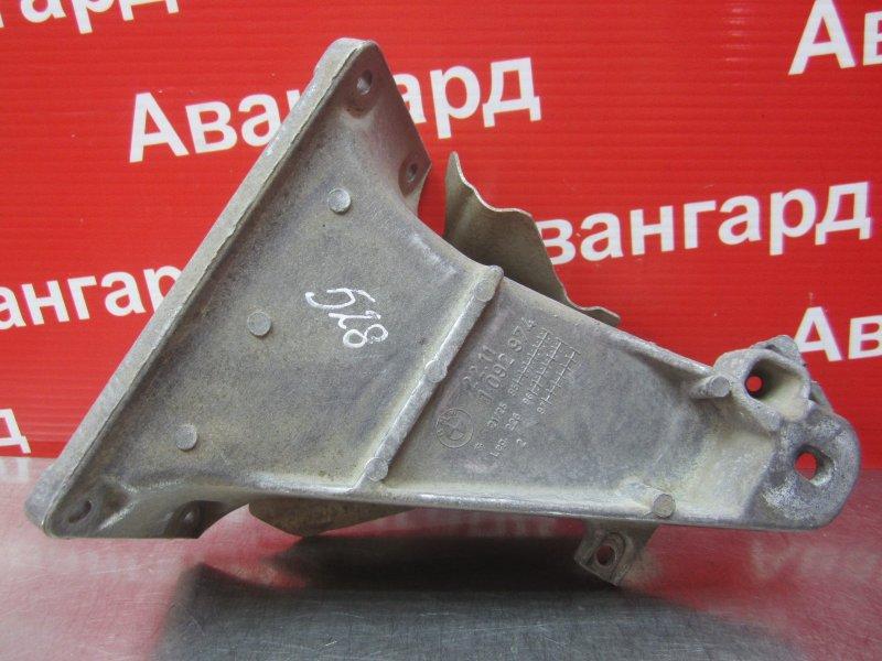 Кронштейн двигателя Bmw E39 M52B25 1998 правый